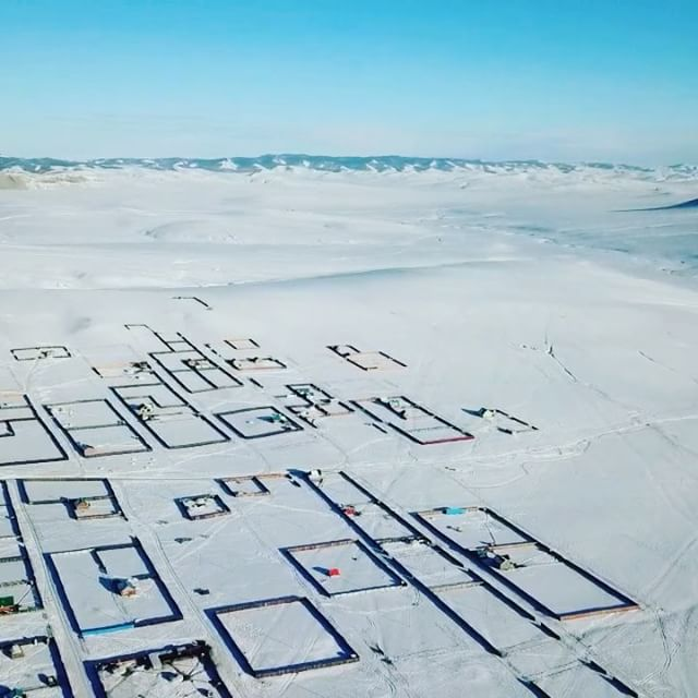 Nomadic urbanism. Some images from yesterdays drone survey focussing on the growth of ger districts in Erdenet.  #erdenet #ruralurbanlab #urbanism #cities #mongolia #drone #aerialphotography #survey #architecture #landscapes #drawing #droneoftheday @droneoftheday eday #landart #nomad