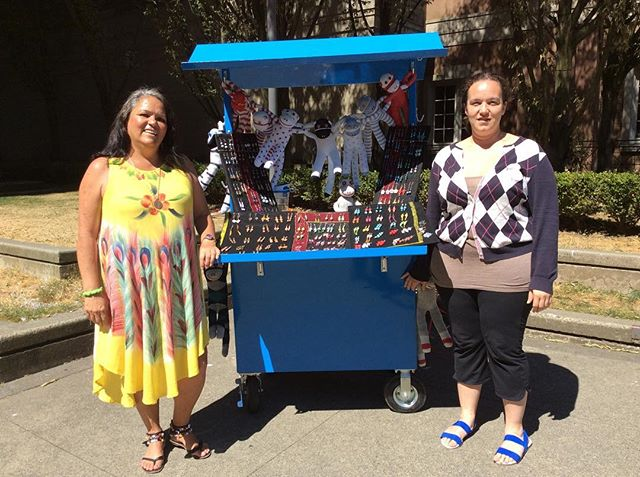 Did you know?! Lot 19 is proud to have the Street Vendor Collective Tuesday, Wednesday, and Friday at the plaza, selling a wide range of goods, from jewelry to toys!