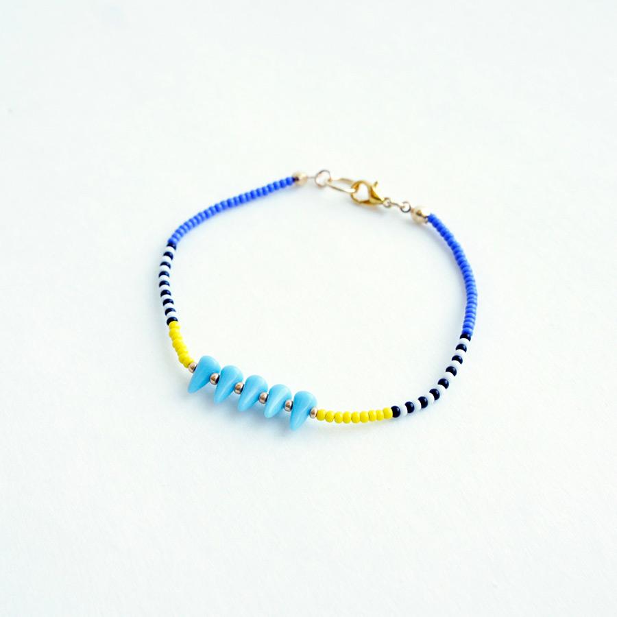 Beads spikes bracelet