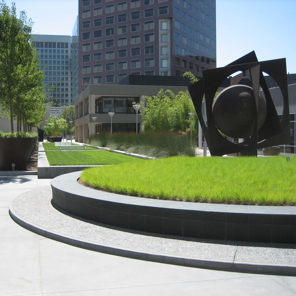 Park Ctr Plaza_072607 Site Visit 028.jpg