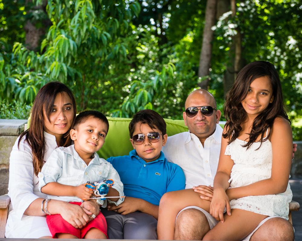 Lakbir-Family-17.jpg