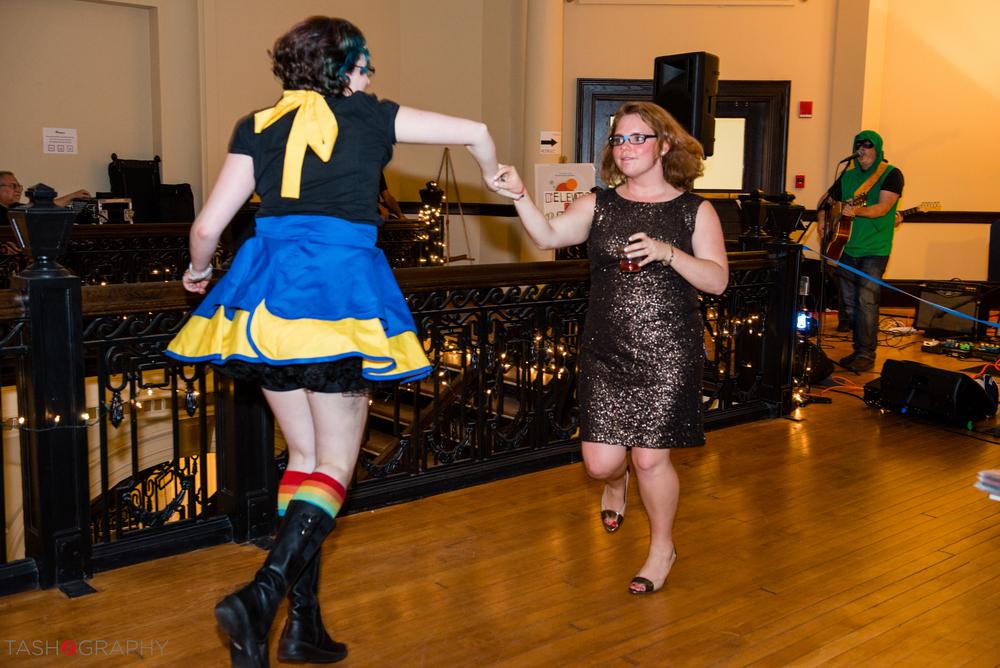 Sarah & Karen Dancing!