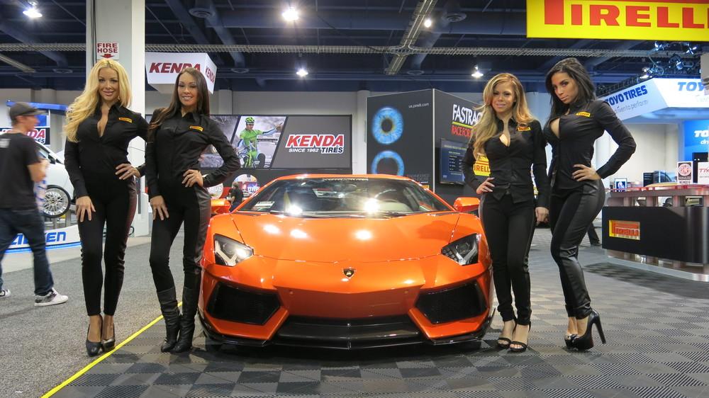 Pirelli Girls_2 and Vorsteiner Lamborghini Aventador.jpg