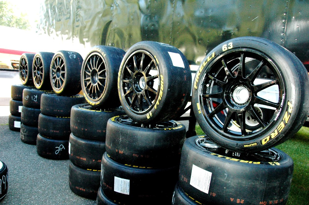P Zero racing slicks for Lamborghini Super Trofeo series.jpg