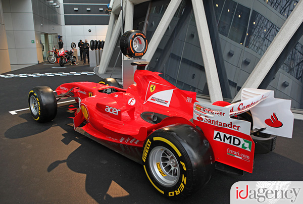 Pirelli_Motorsport 2013_3