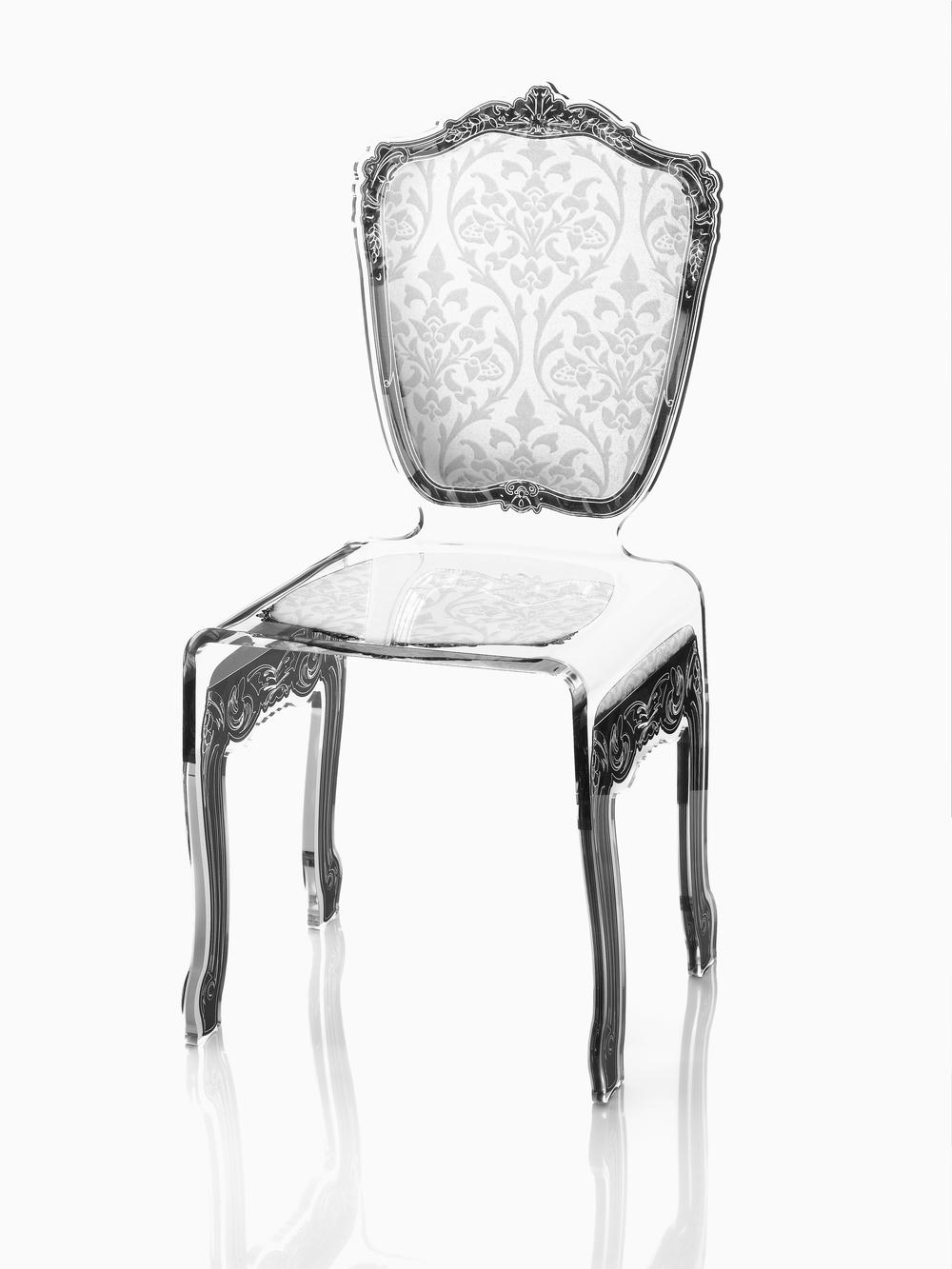 chaise blanche.jpg