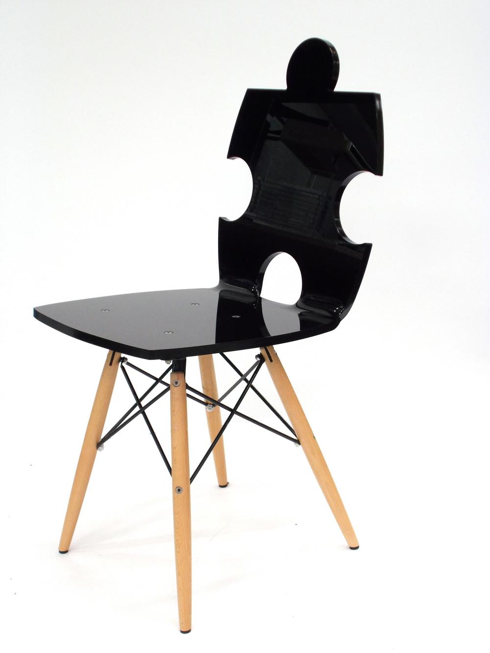 chaise puzzle pied bois 1318.jpg