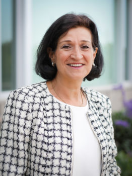 Odile Disch-Bhadkamkar   Trustee at Stanford/Carnegie Foundation for the Advancement of Teaching and at Grinnell College