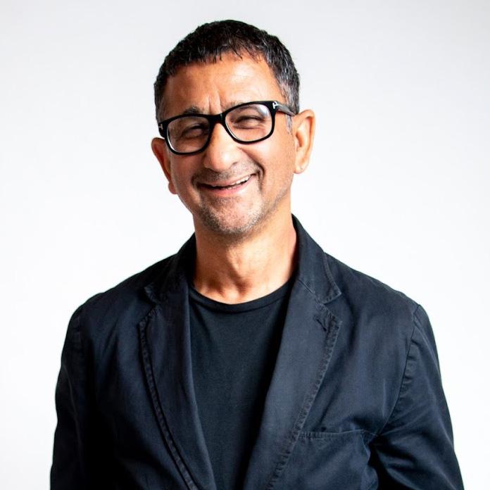 Suveen Sahib   Co-Founder & CEO at Aquis Hair
