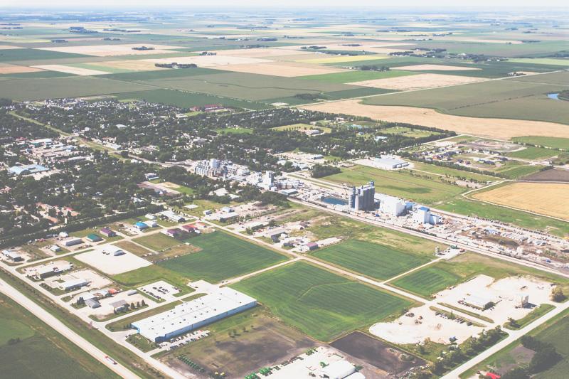 Aerial-Combine-Harvest-Altona-Manitoba-24.jpg