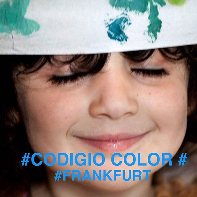 What is the color of your history? What is the code of your identity? foto:#anahithayrapetyan #CodigoColor #Frankfurt #race #color #BlackAndWhite #documentary #cinema #art #light #racism