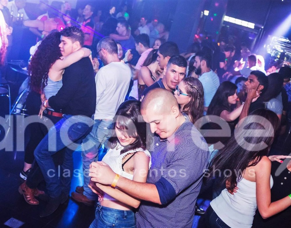 Bar for Salsa, Bachata and more every Thursday, Friday and Saturday until as late as 4:00 AM at DANCEFREE