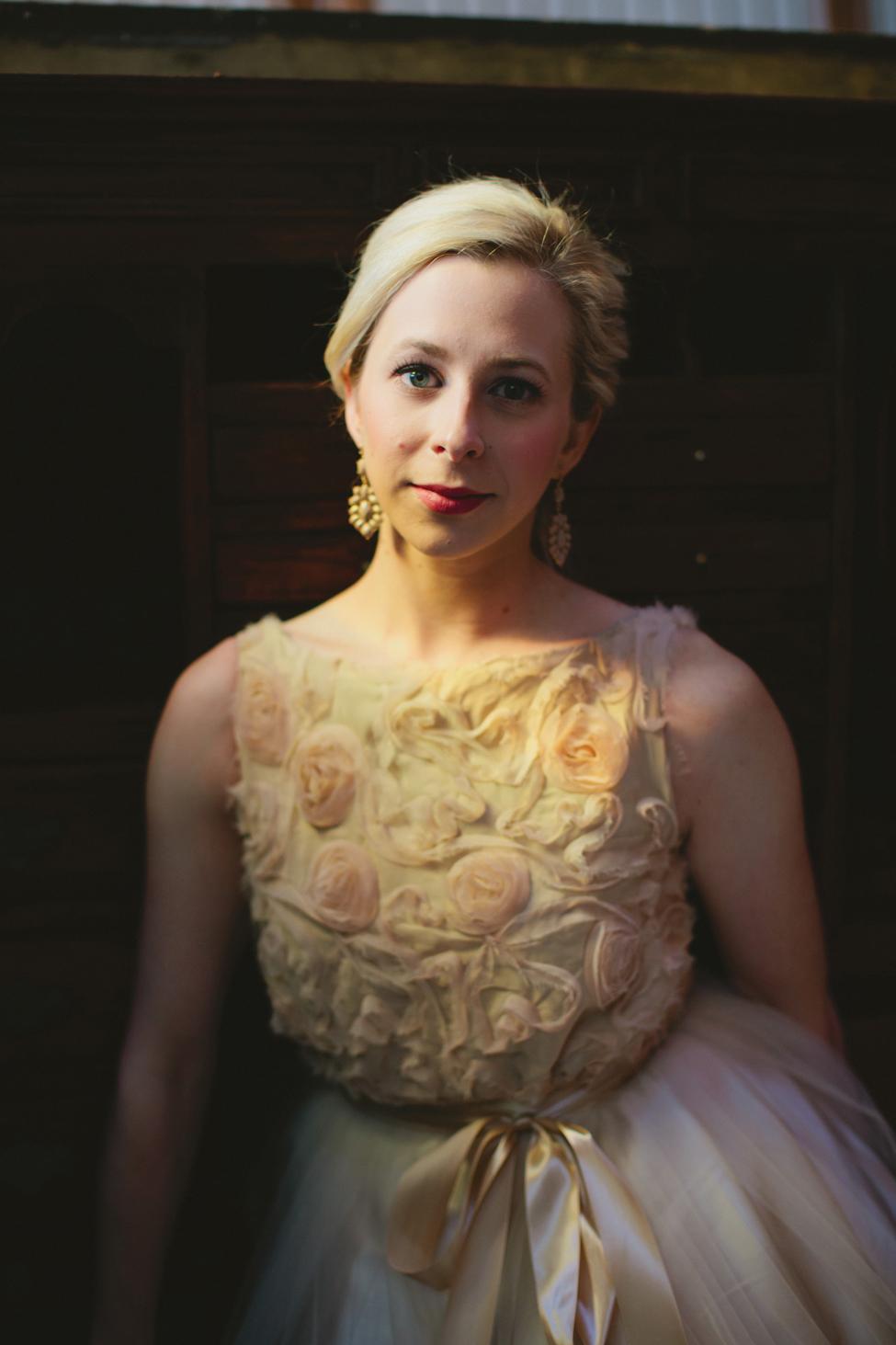 liz_white_bridal_wedding167.jpg