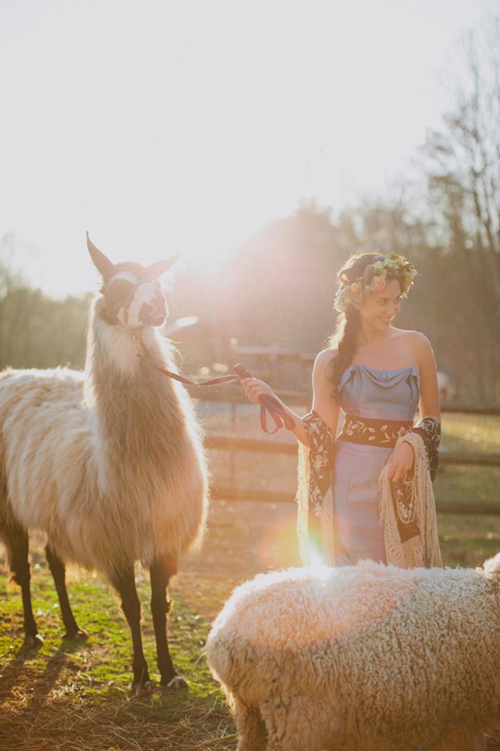 jameykay_arlie_folk_farm_wedding073.jpg