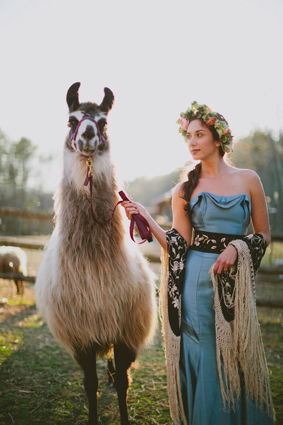 jameykay_arlie_folk_farm_wedding075.jpg