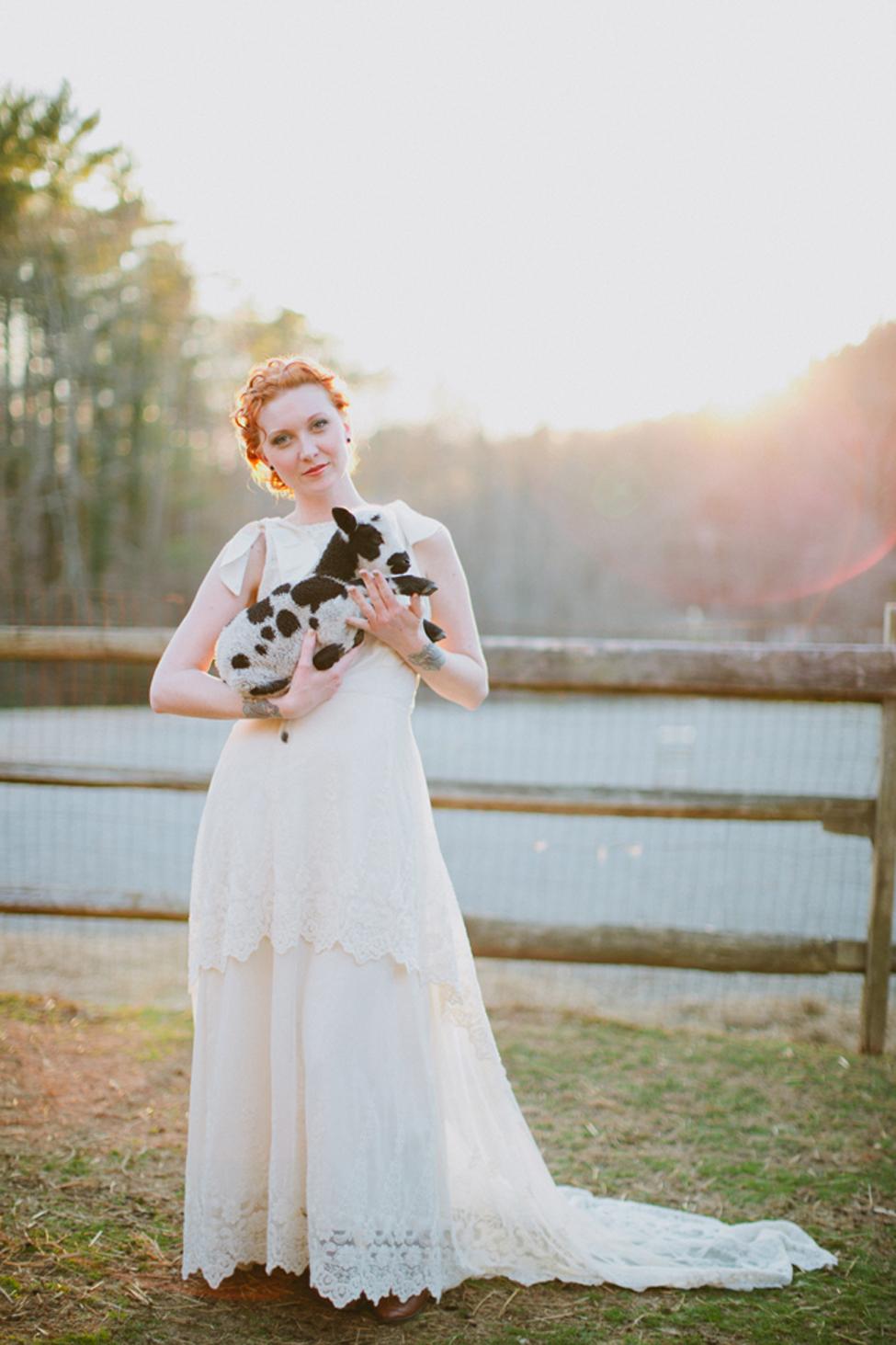 jameykay_arlie_folk_farm_wedding104.jpg