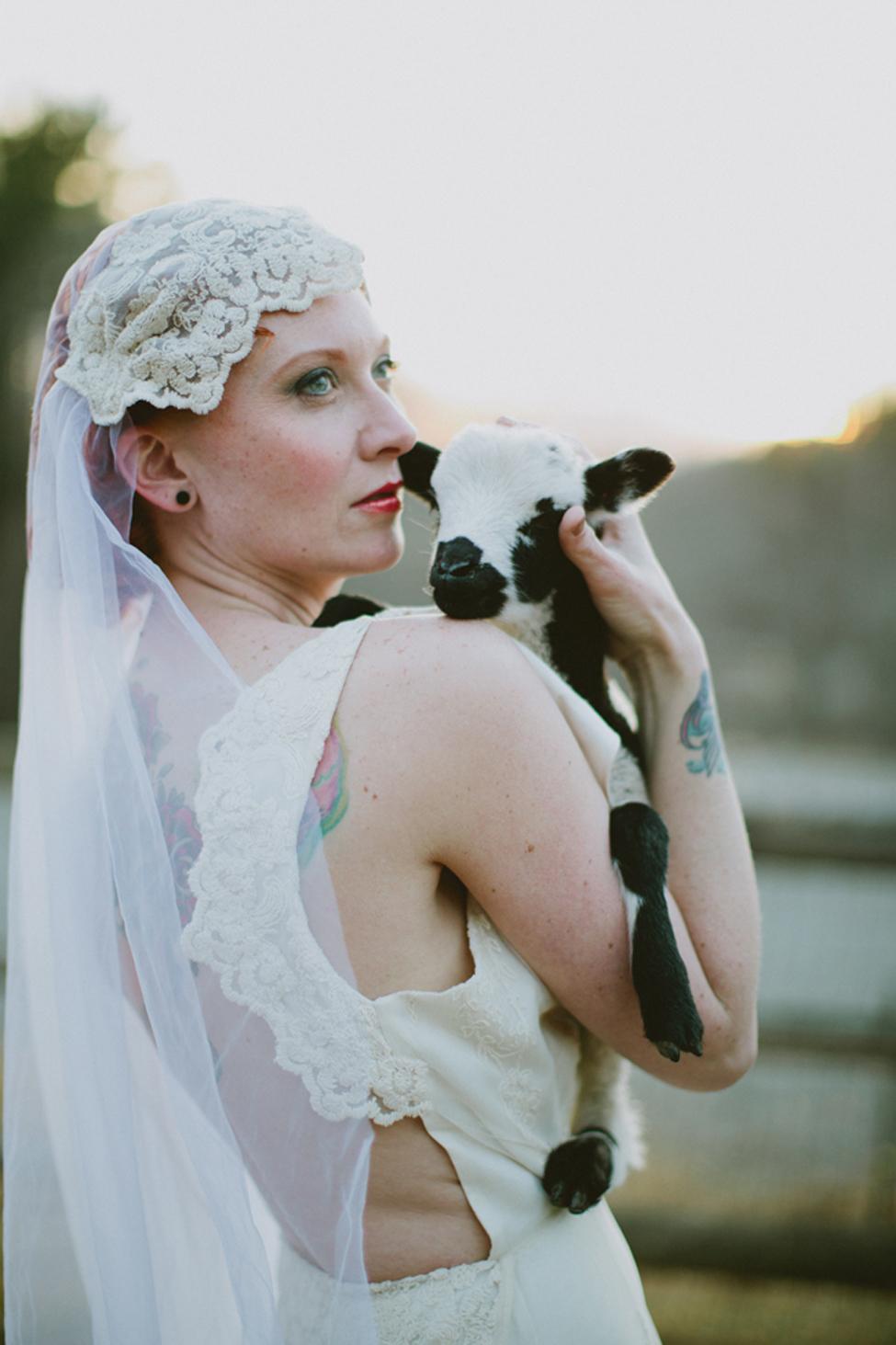 jameykay_arlie_folk_farm_wedding113.jpg