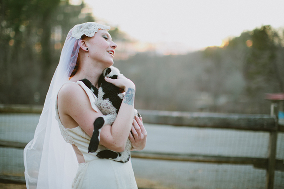 jameykay_arlie_folk_farm_wedding117.jpg