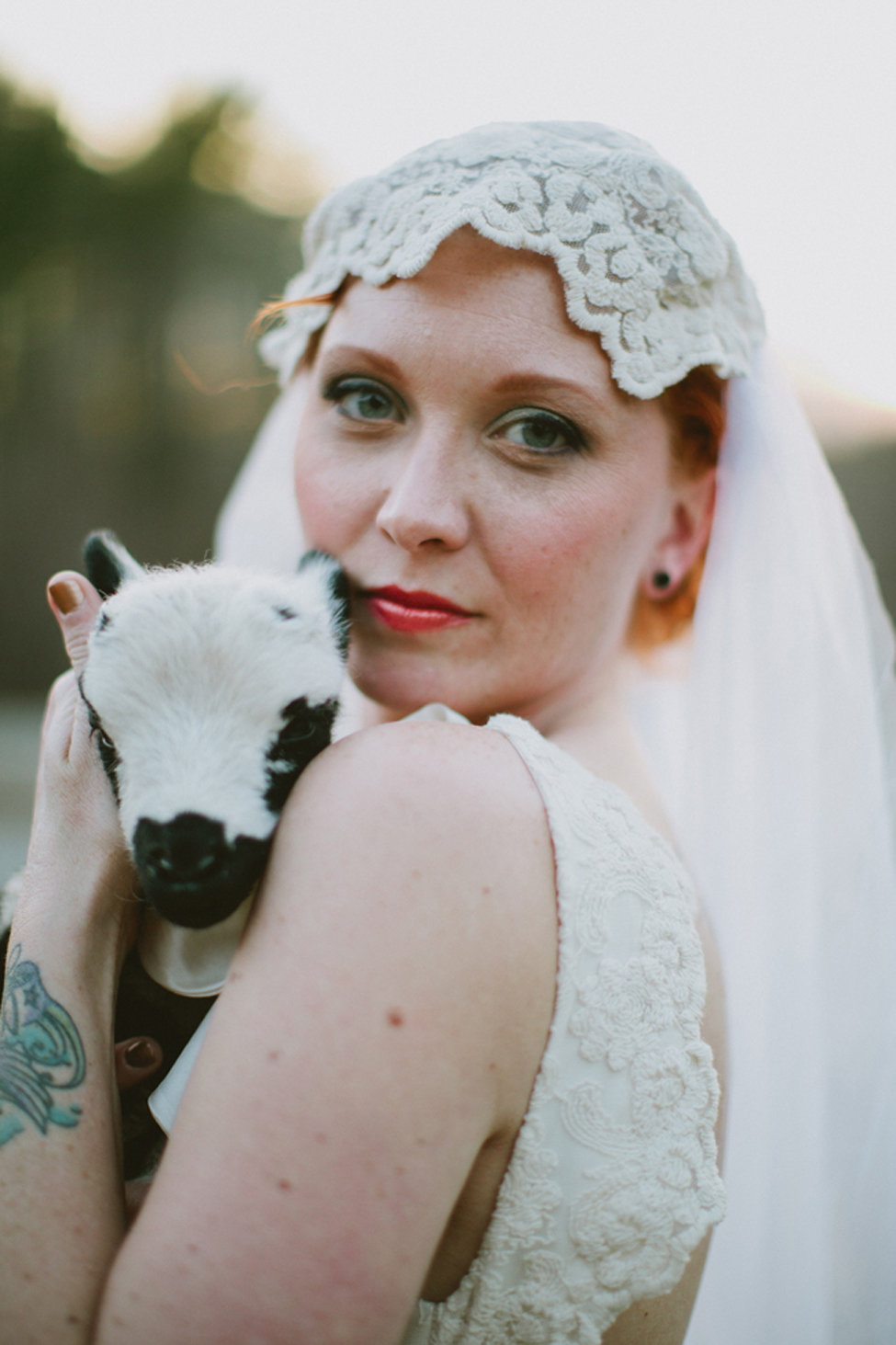 jameykay_arlie_folk_farm_wedding118.jpg