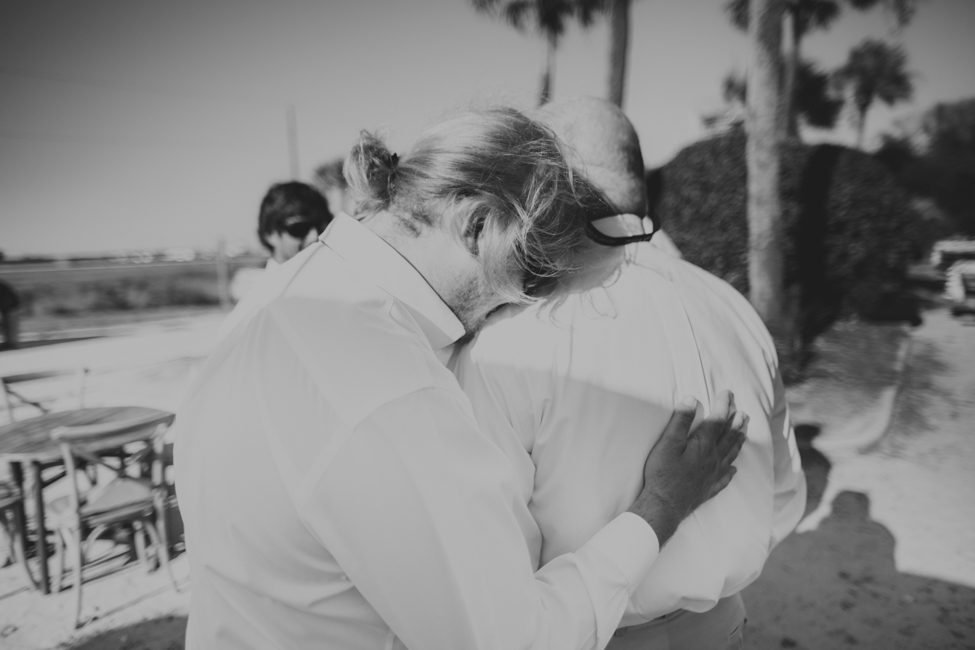 charleston-folly-beach-wedding-photographers-13.jpg
