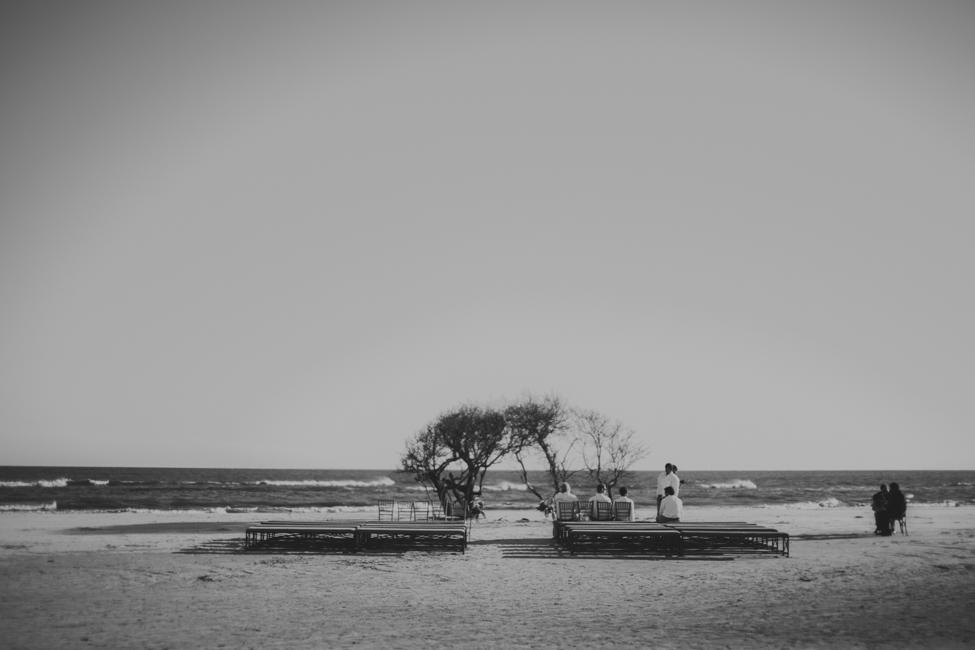 charleston-folly-beach-wedding-photographers-29.jpg