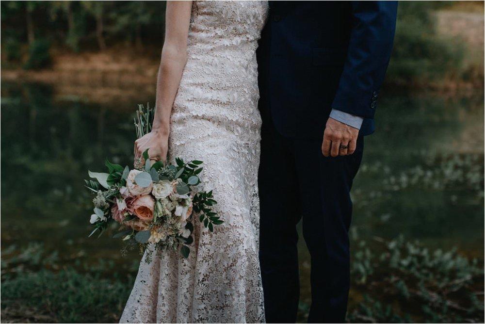 emily-scott-initimate-asheville-wedding_0036.jpg
