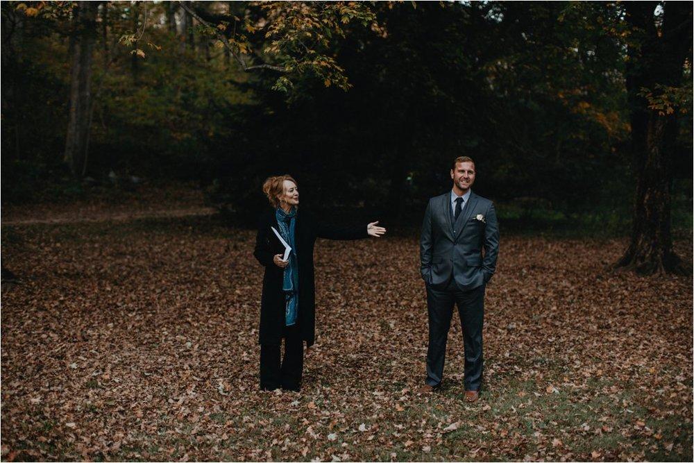 autumn-asheville-botanical-gardens-elopement_0004.jpg