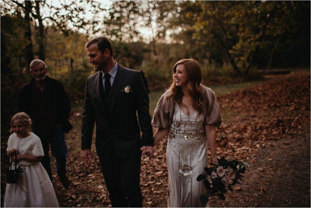 autumn-asheville-botanical-gardens-elopement_0013.jpg