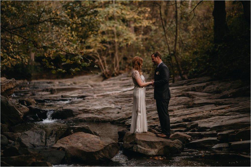 autumn-asheville-botanical-gardens-elopement_0016.jpg