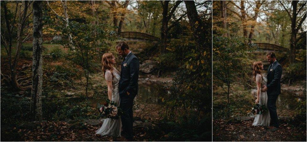 autumn-asheville-botanical-gardens-elopement_0030.jpg