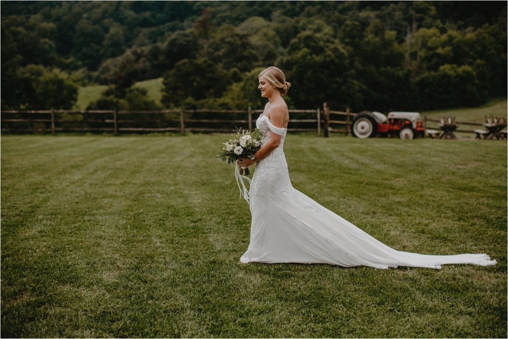 claxton-farm-summer-intimate-wedding-asheville_0038.jpg