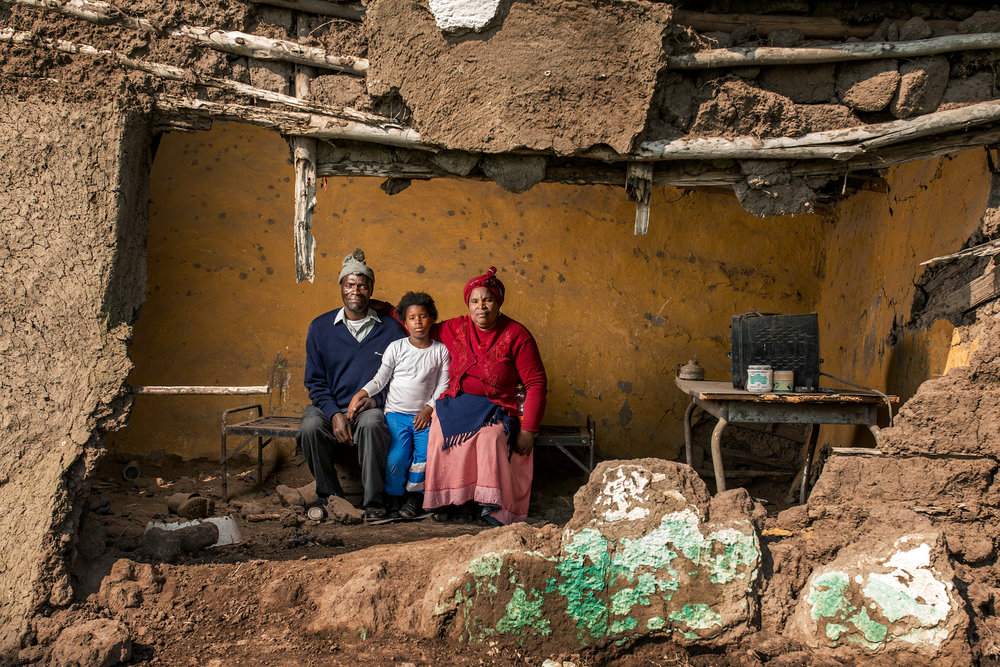 Mncedisi Dlisani with his wife Nokwakha and thier daughter Sisipho - 'The Price of Gold', 2015