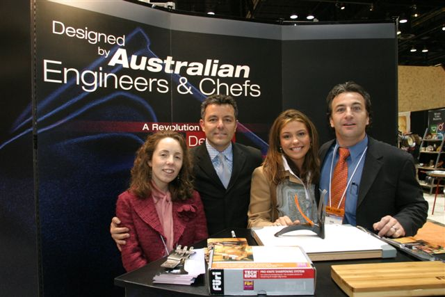 Chicago Housewares 2005 RR booth appearance 3.JPG