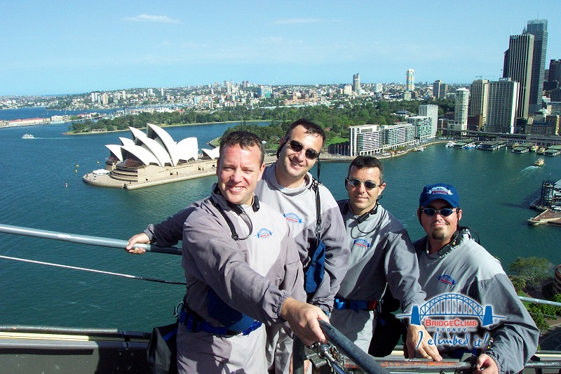 Sydney Harbour Bridge Oct 2003 The Presidents.JPG