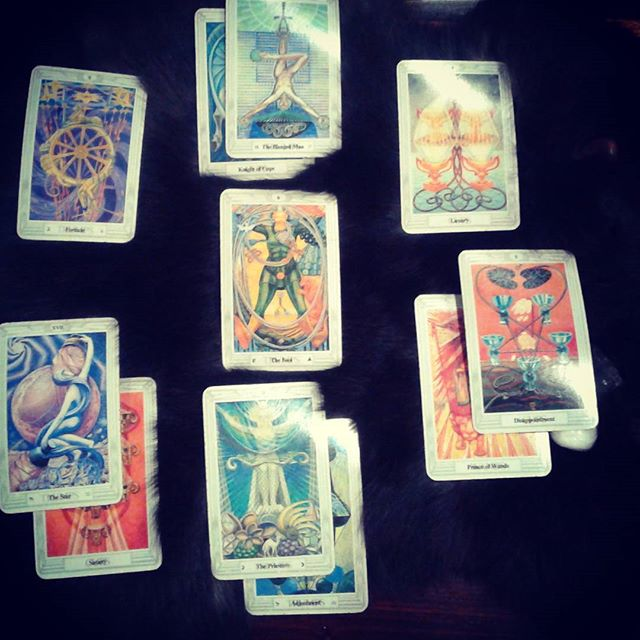 Tarot session with @helenisthemoon @wanderlusthlwd Birthday gift to Self. Changes in the air represented by The Fool at the middle. Welcoming the Positivity and the Sweetness sensed in this reading. #tarot #tarotcards #intuition #6thsense #ajna #thefool #fortune #gratitude #newbeginnings  Practice with me today 2:15pm @wanderlusthlwd, 5:30 @eastongymco, Thursday 7am, 8am, 2:15 @wanderlusthlwd