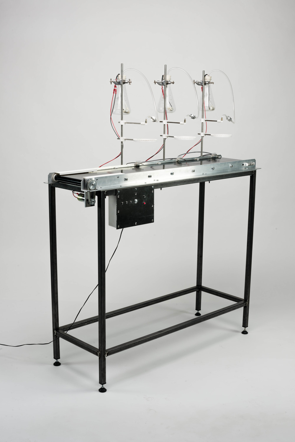Autonomous Chemigram Machine