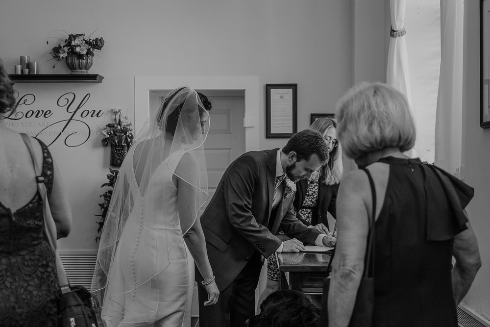 051-annapolis_courthouse_wedding.jpg