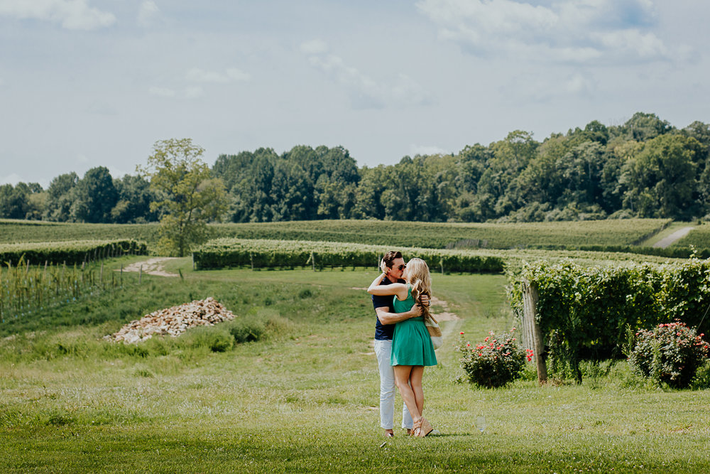 005-stone_bridge_winery_engagement_proposal.jpg