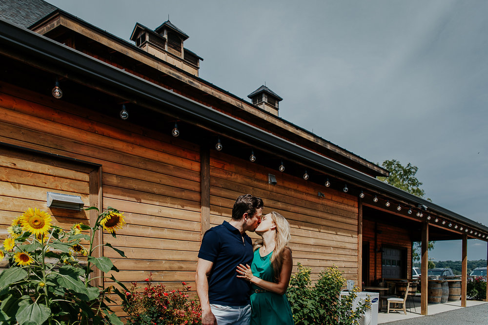 040-stone_bridge_winery_engagement_proposal.jpg