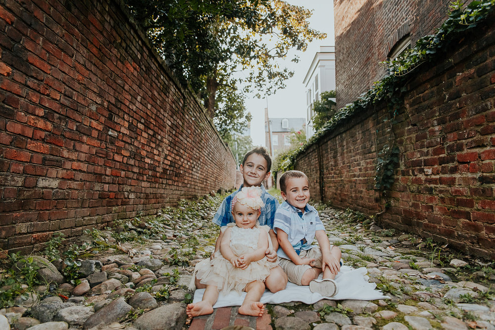002-oldtown_alexandria_family_photography.jpg