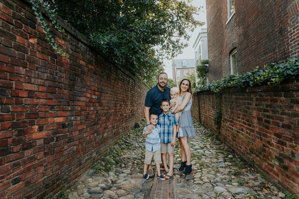 011-oldtown_alexandria_family_photography.jpg