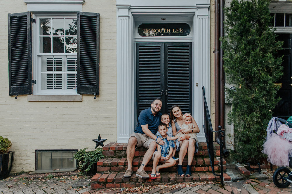 026-oldtown_alexandria_family_photography.jpg