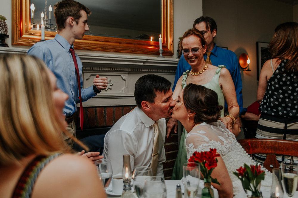 080-annapolis_navalacademy_wedding.jpg