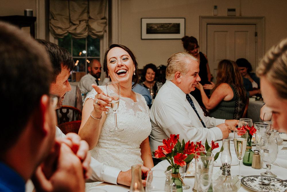 086-annapolis_navalacademy_wedding.jpg