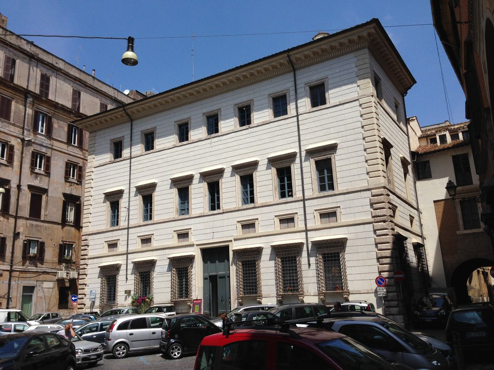 Rome_M&S_02.jpg