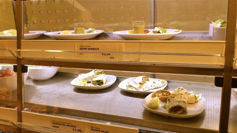 IKEA šalát sendvič
