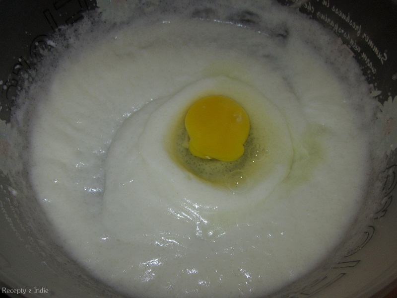 Plus vajíčka.