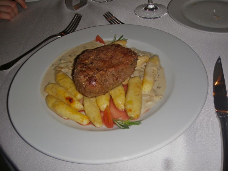 Hovädzí steak na dubákovej omáčke
