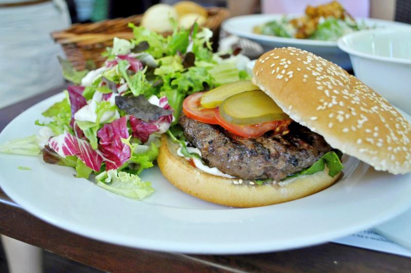 El Gaucho Burger