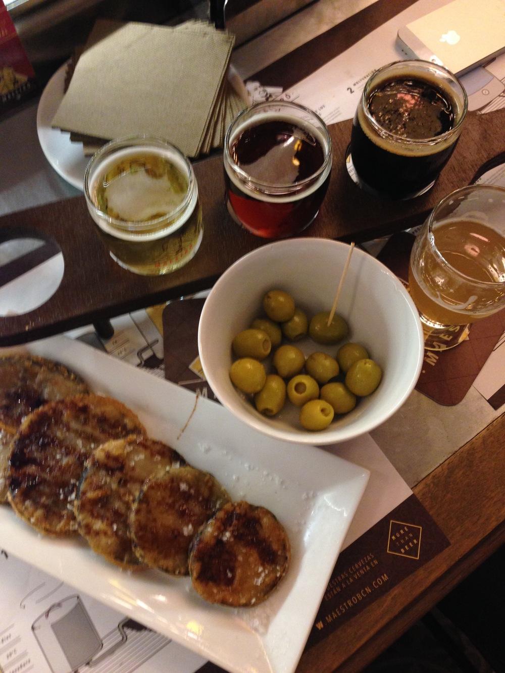 Tapas a olivy v Barcelone